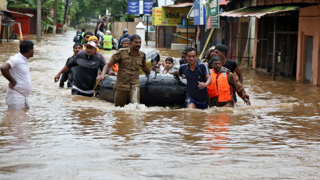 Kerala Government deferred the 1 percent flood cess by GST Council