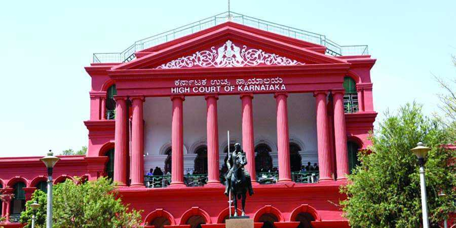 Article 21 is wide enough to ensure good and safe roads for transportation : Karnataka HC